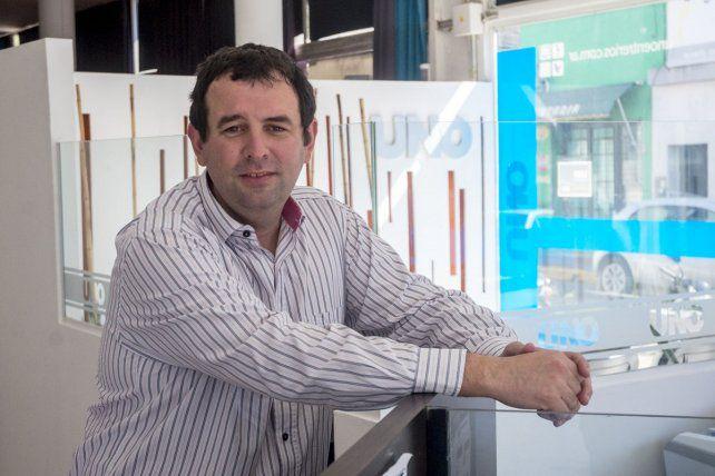 Nota Diario Uno. Juan Esparza tiene la mira en dos puntos